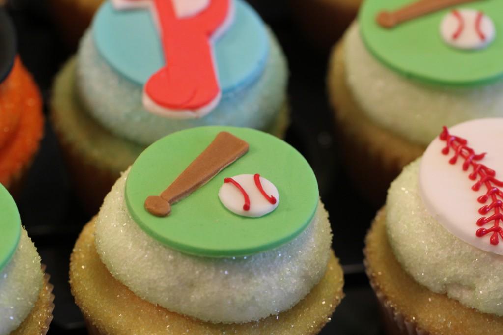 Baseball Batter Up Cupcakes