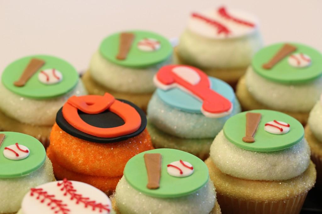 Baseball-Themed Cupcakes