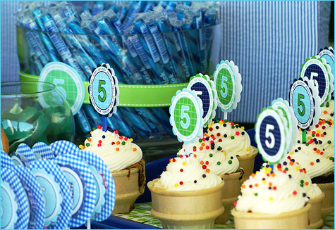 Birthday Pool Party Cupcakes Ideas