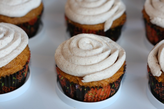 Cheesecake Filled Cupcakes Pumpkin