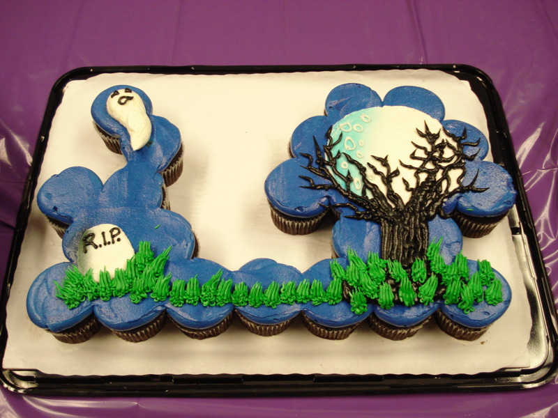 Halloween Cupcake Cake Ideas