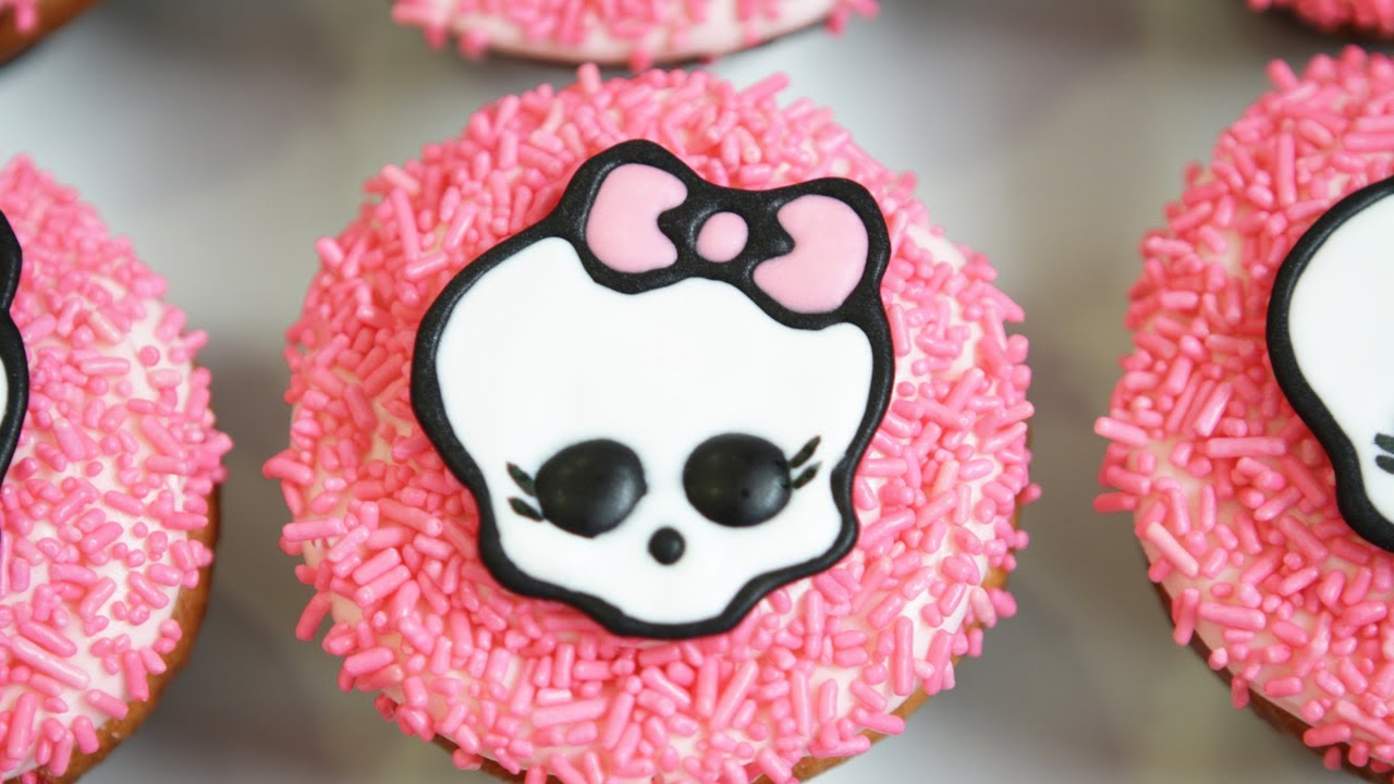 Monster High Cupcakes NERDY NUMMIES