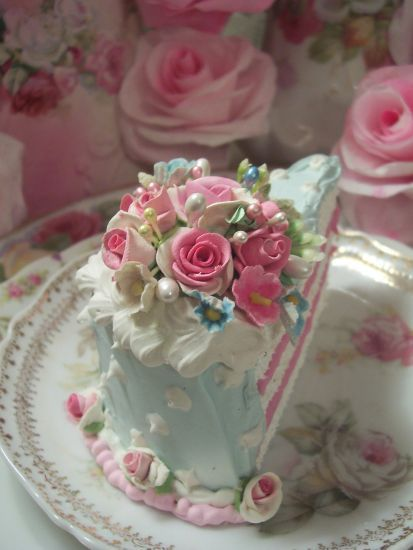 Shabby Pink Roses Victorian Cake Slice of Food