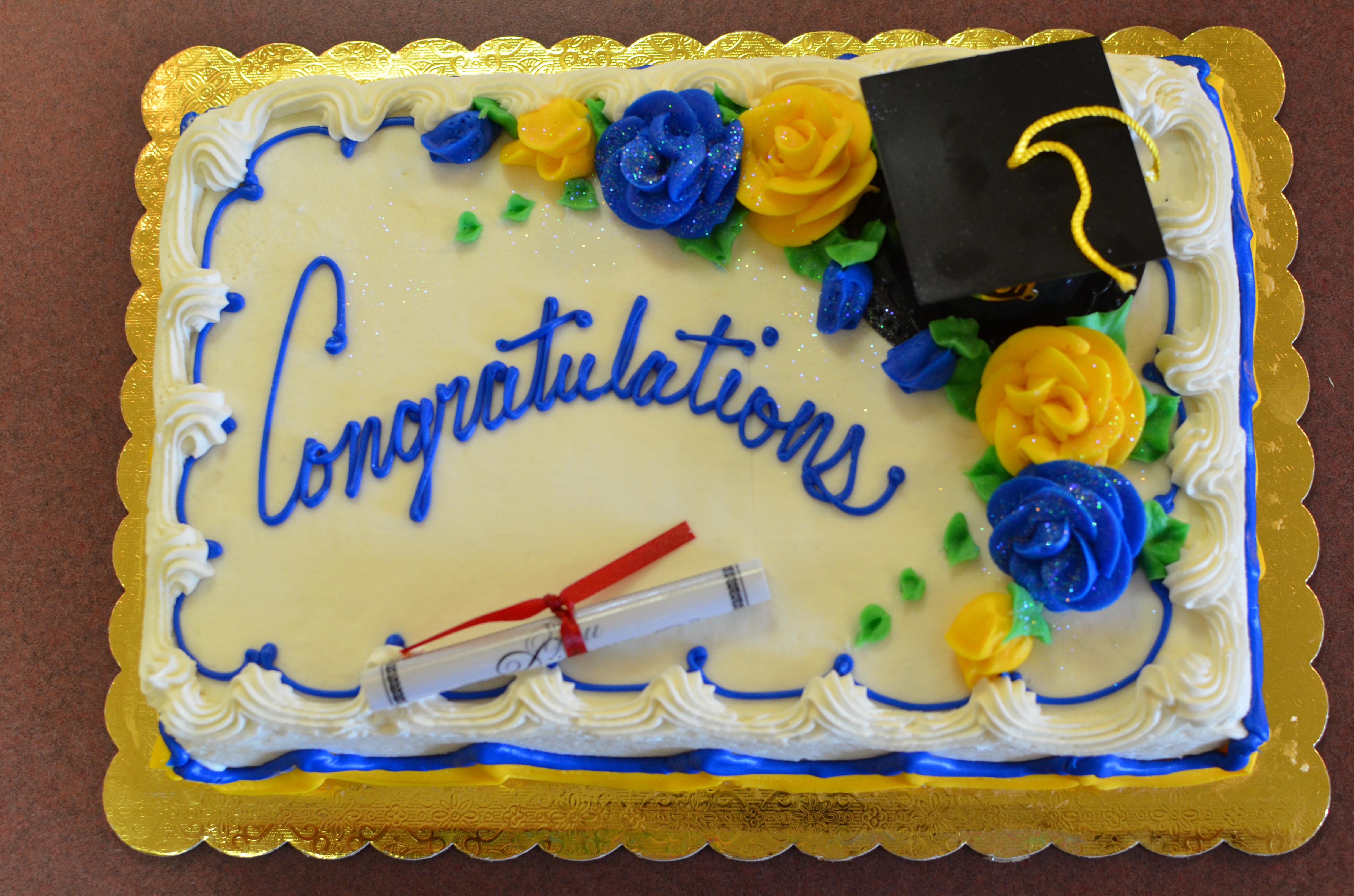 10 Photos of Best Of 2013 Graduation Cakes