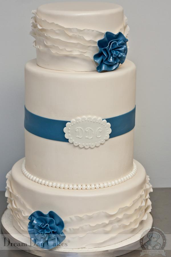 Dream Day Wedding Cake