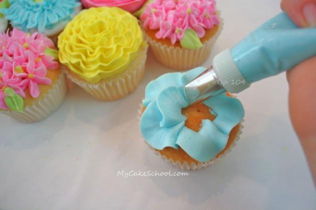 Flower Cupcakes Tutorial