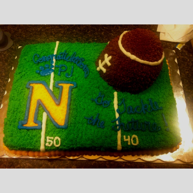 Football Graduation Cake Ideas