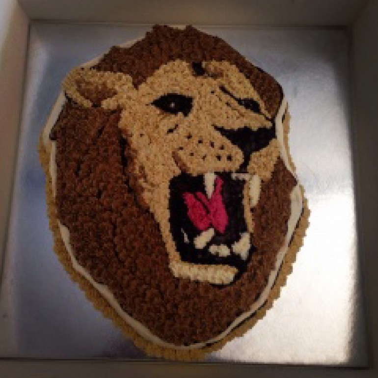 8 Photos of Cakes Shaped Like A Lion