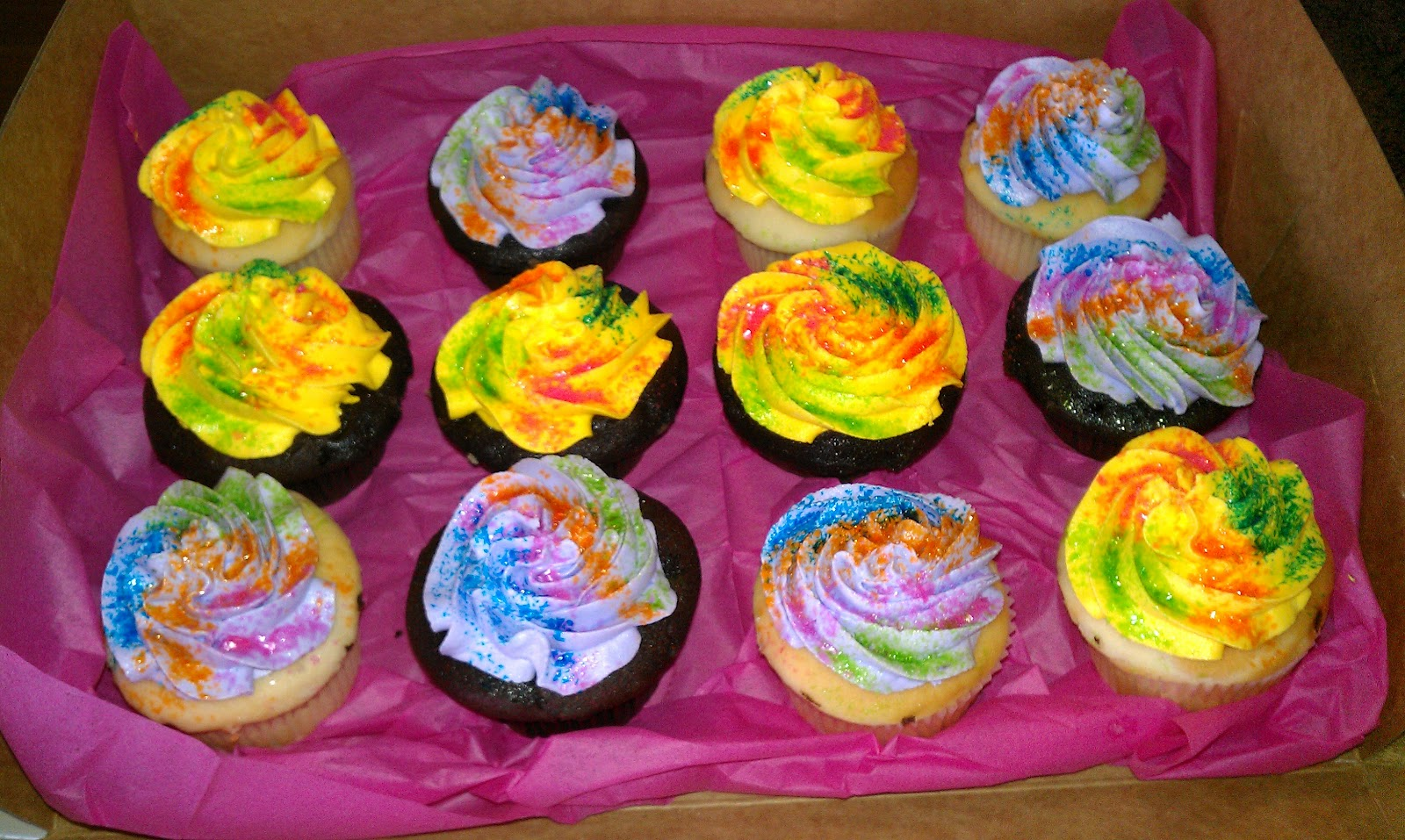 12 Photos of Tie Dye Cupcakes Peace Out Cute Picture