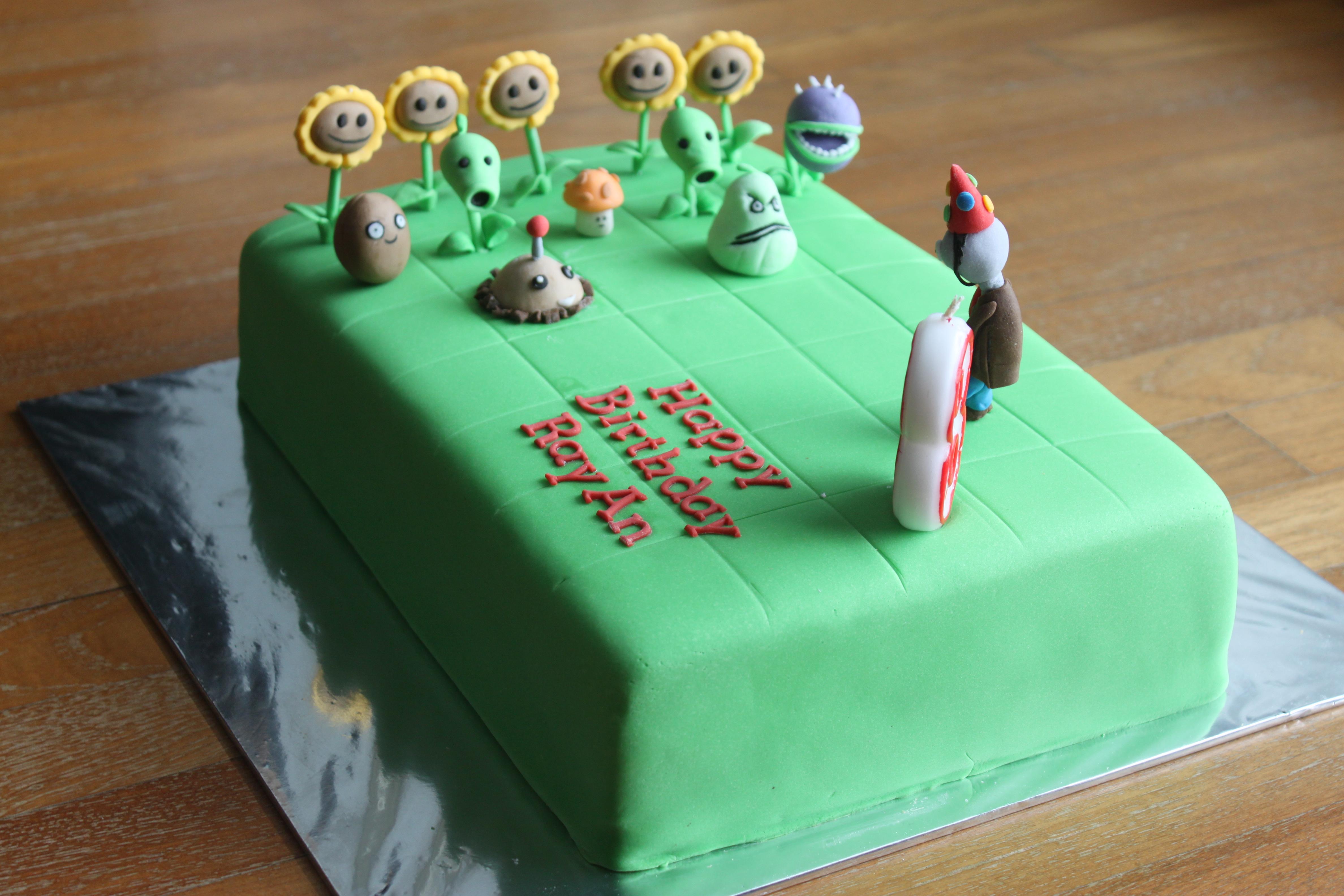 10 Photos of Plants Vs Zombies Birthday Cupcakes