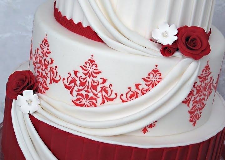 Red Valentine Wedding Cakes