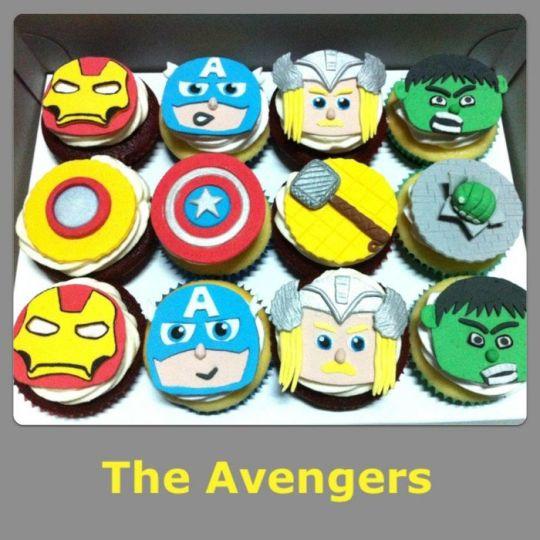 Avengers Cupcake Cake