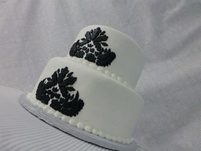 Black and White 2 Tier Wedding Cakes