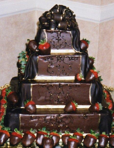 Chocolate Strawberry Wedding Cake