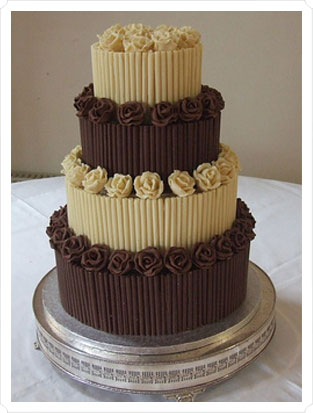 11 Photos of Chocolate Wedding Cakes With Descriptions