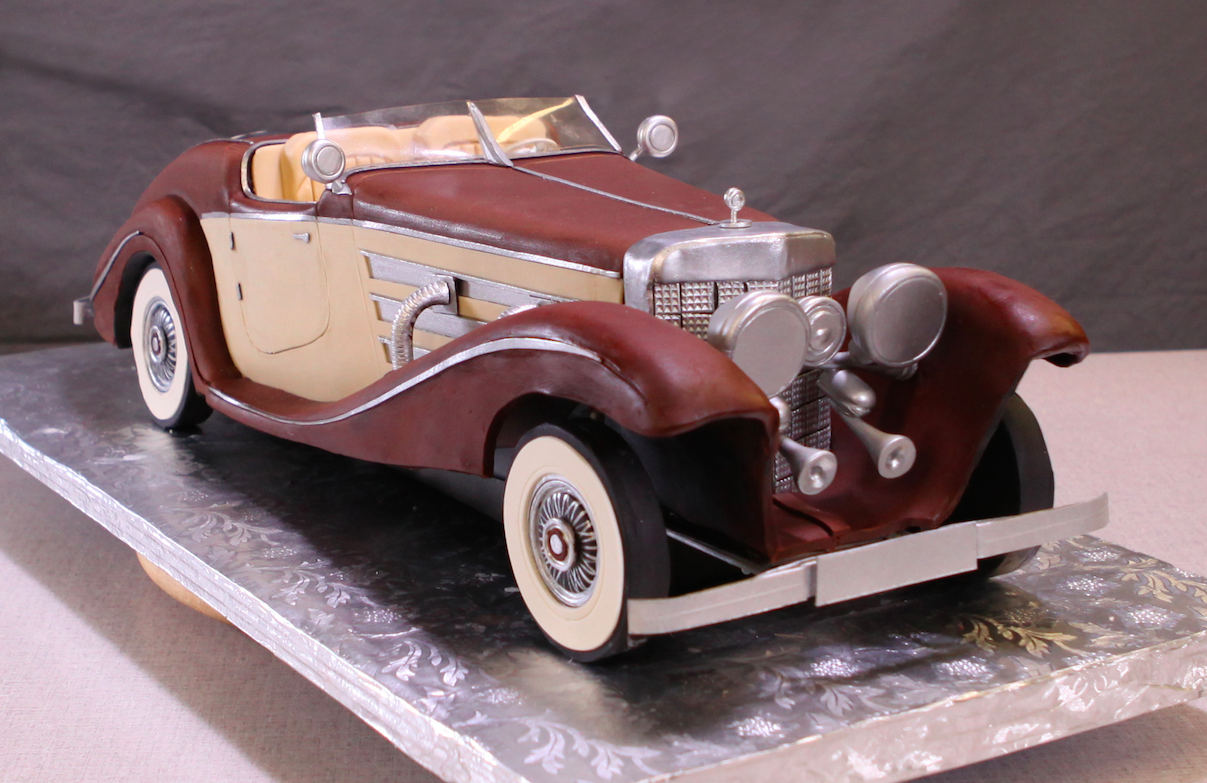 9 Photos of Car Themed Cakes For Adults