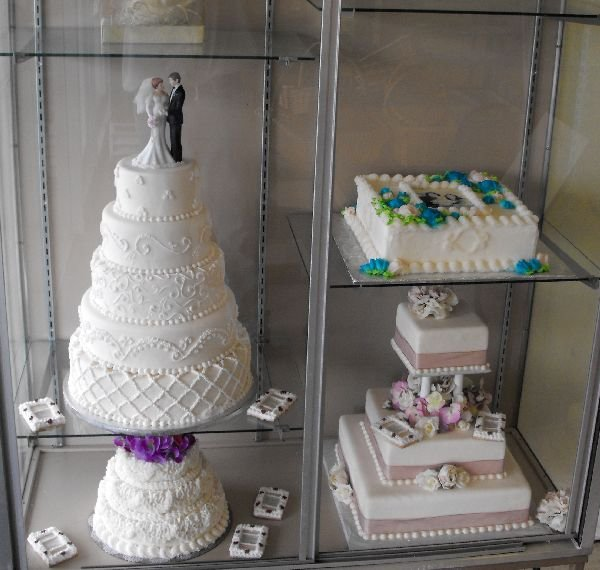 Fake Wedding Cake Display