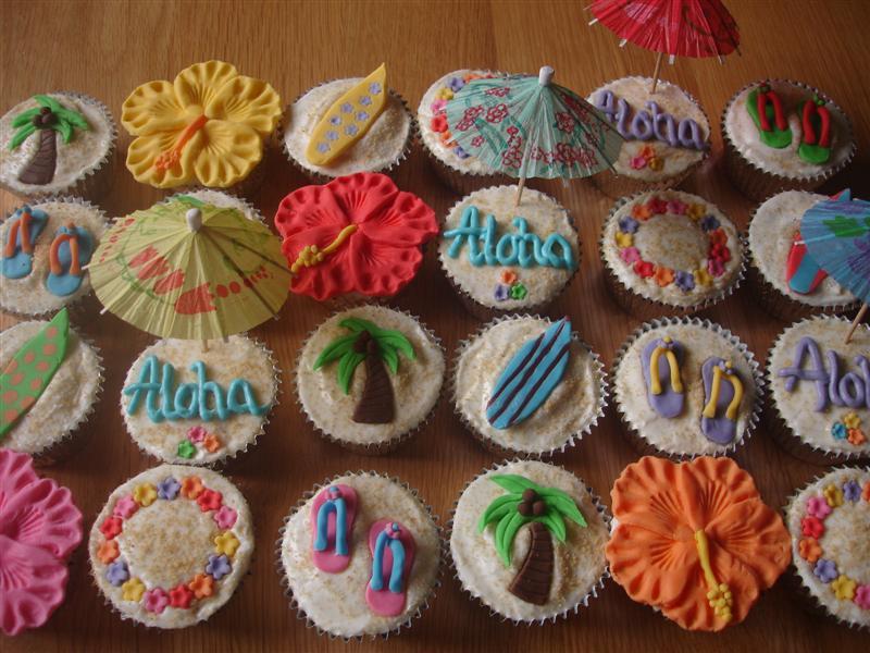 Hawaiian Luau Cupcakes