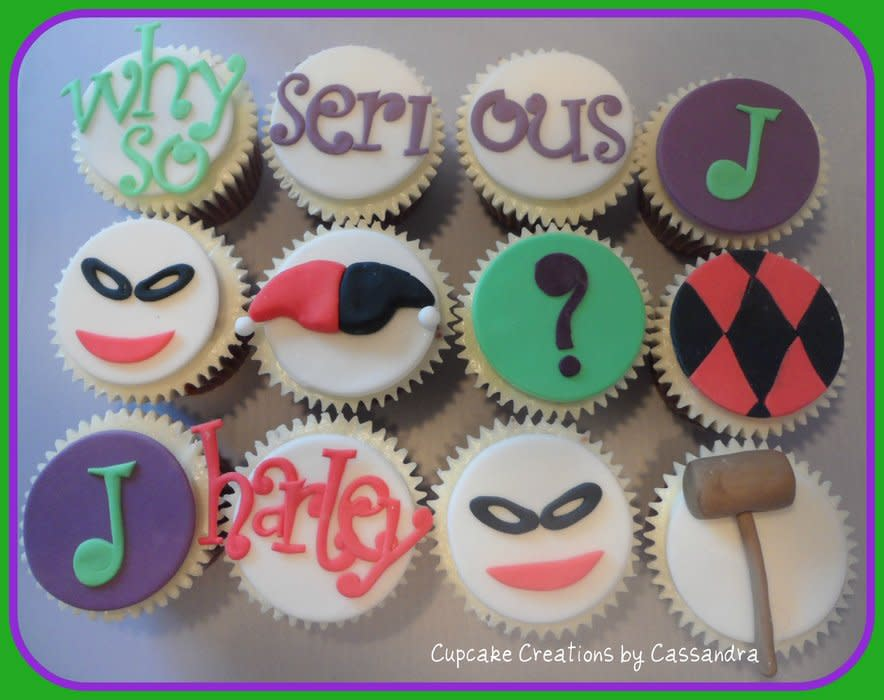 Joker and Harley Quinn Cupcake Cake