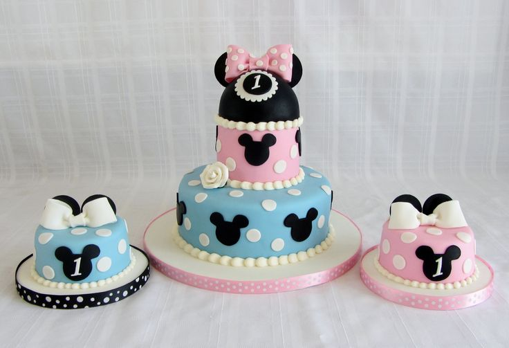 Mickey and Minnie Mouse Birthday Cakes