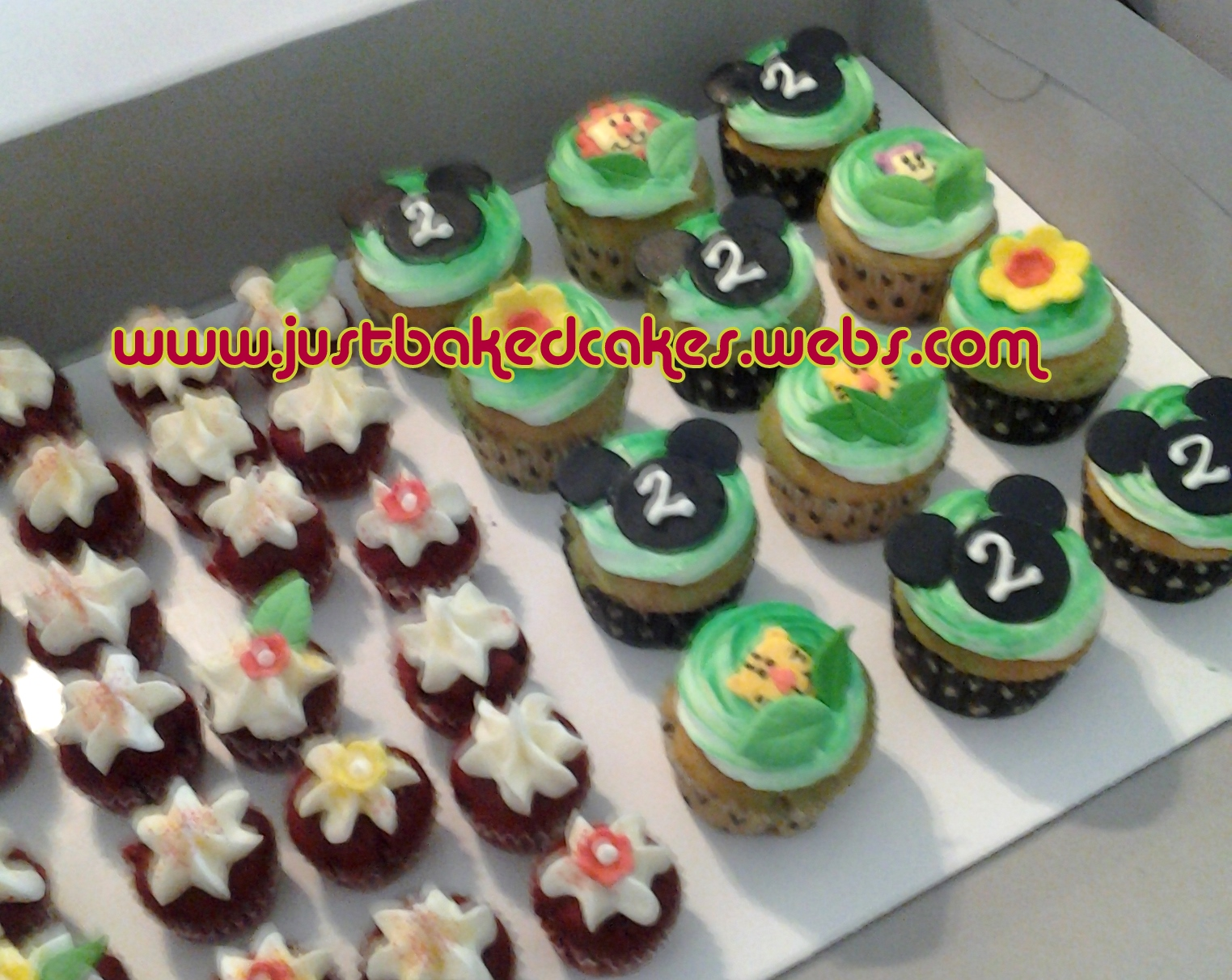 Mickey Mouse Themed Cake and Cupcakes