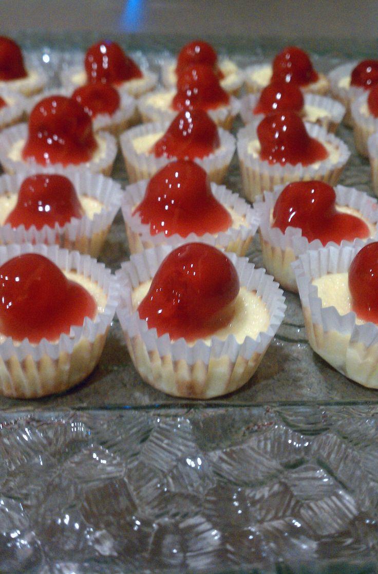 Mini Cherry Cheesecakes with Vanilla Wafers