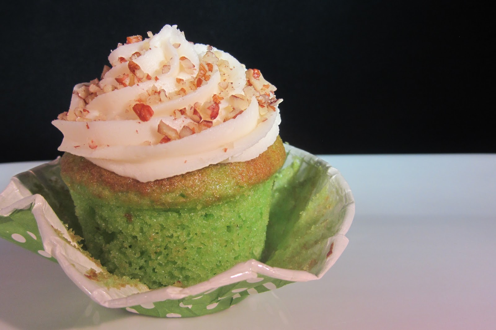 8 Photos of Pistachio Cupcakes With Buttercream