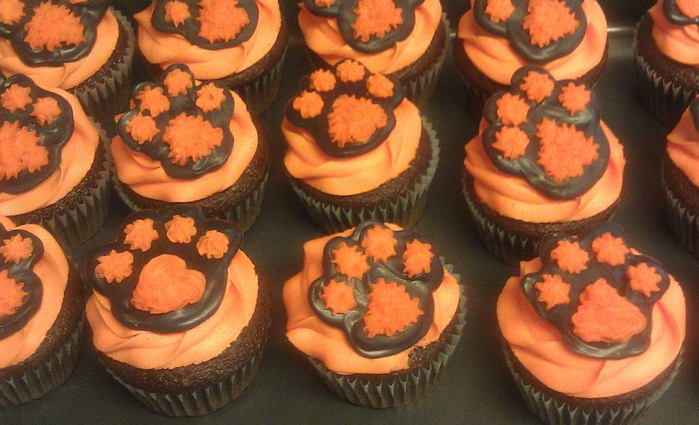 Tiger Paw Cupcakes
