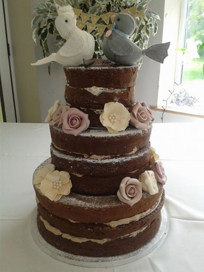 Wedding Cakes in the West Midlands