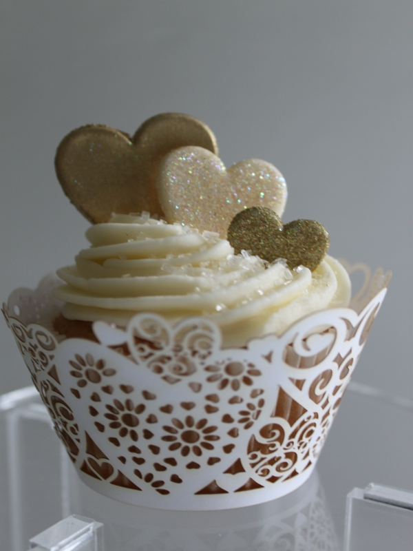 Gold and Ivory Wedding Cake with Cupcakes