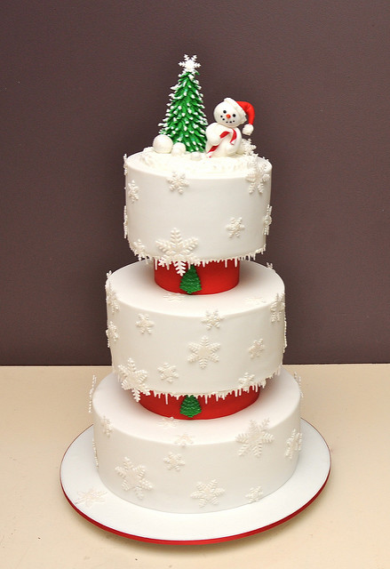 6 Photos of Christmas Cake 3 Tier Cakes