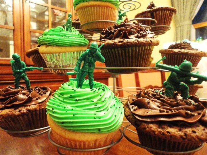 6 Photos of Memorial Day Grill Cupcakes