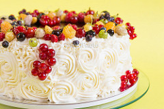Birthday Cake Ideas with Fruit