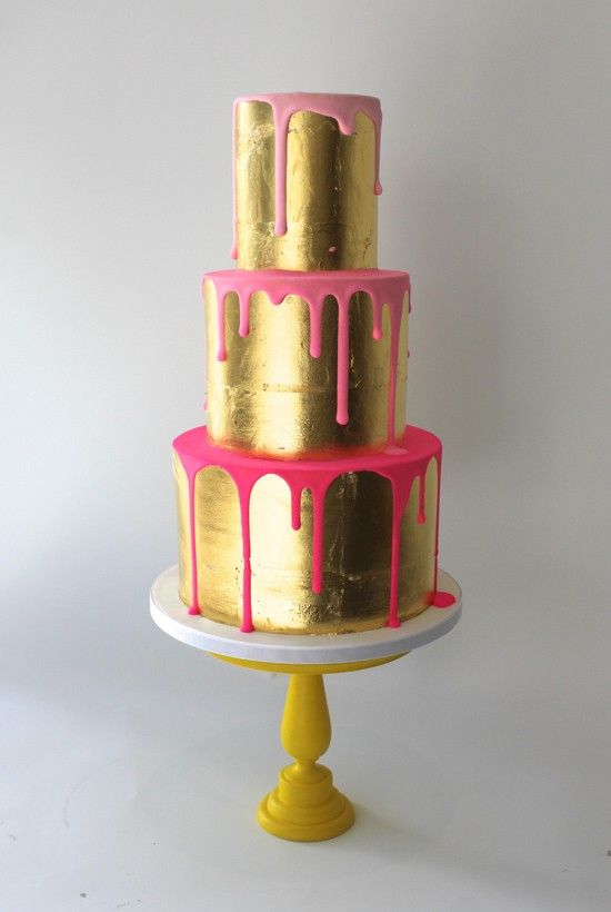 Cake Pink and Gold Drip