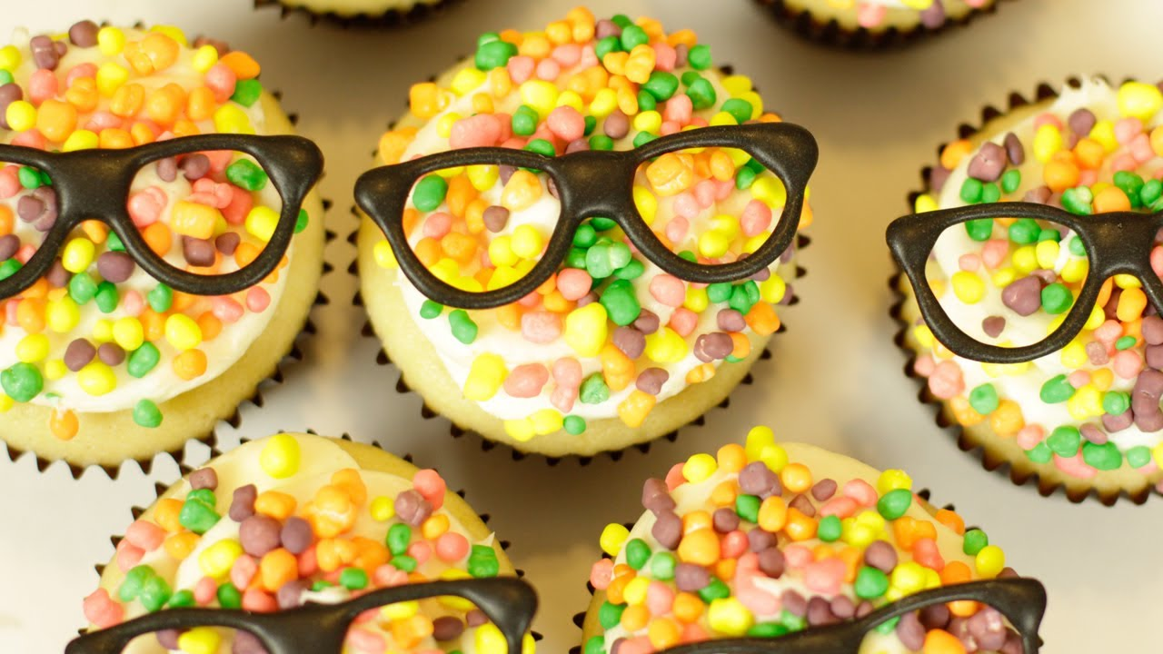 Champagne Cupcakes NERDY NUMMIES