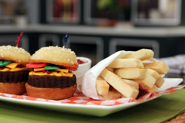 Cookie Hamburger Cupcakes and Fries