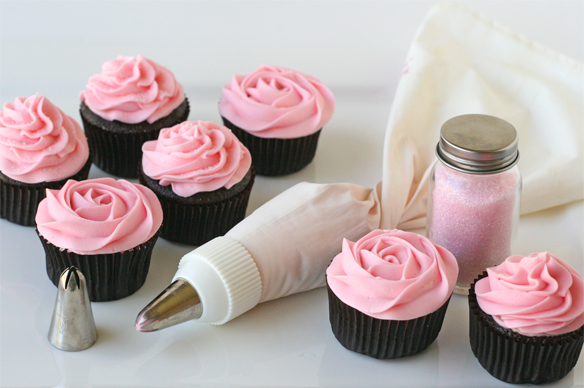 Cupcake Frosting Decorating