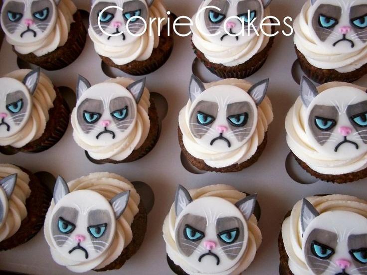 Grumpy Cat Cupcake