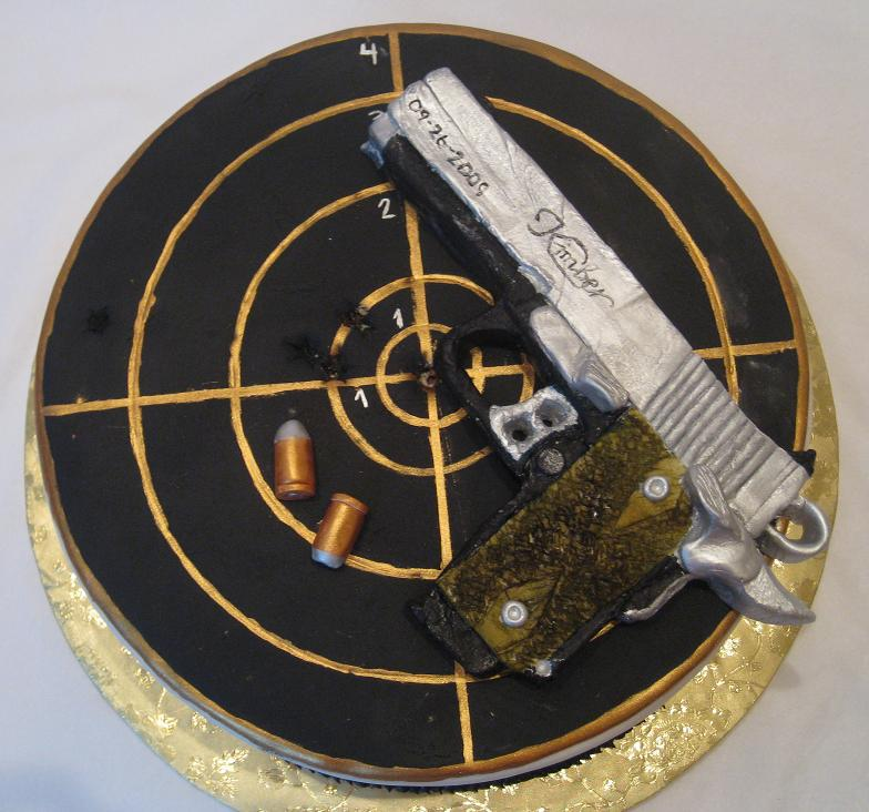 11 Photos of Bullets Guns Birthday Cupcakes