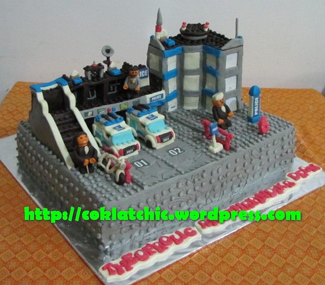 LEGO Police Station Cake