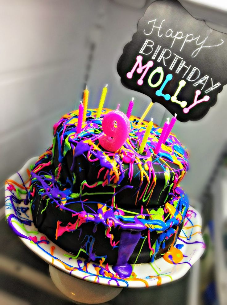 Neon Glow in the Dark Party Ideas for Cakes