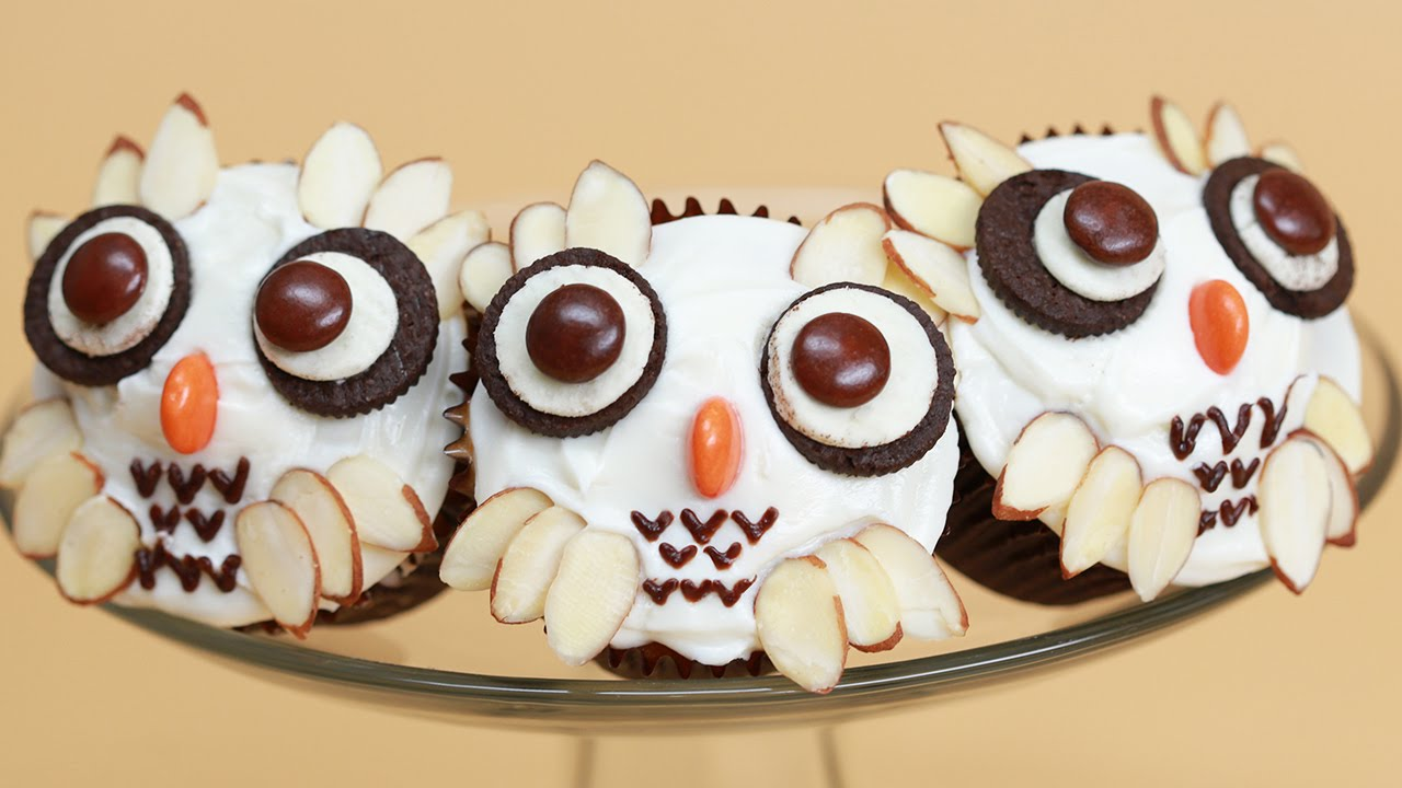 NERDY NUMMIES Harry Potter Owl Cupcakes
