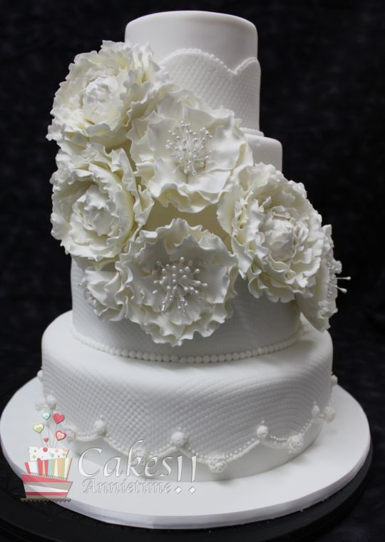 Roses and Peonies Wedding Cake