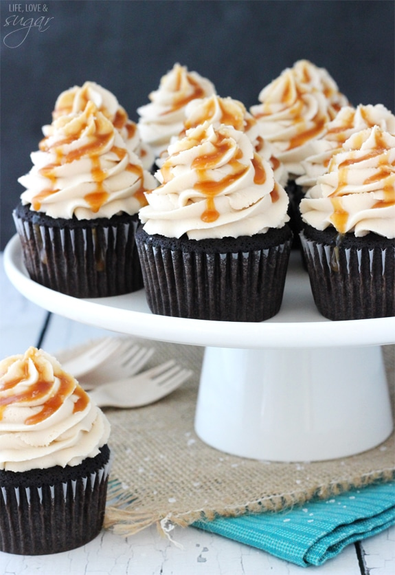 Salted Caramel Cupcakes with Chocolate
