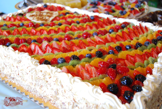 Sheet Cake with Fruit and Cream