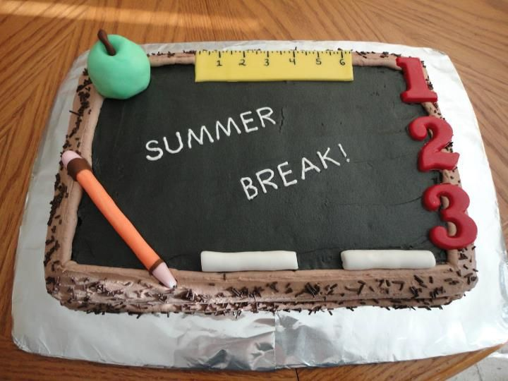 The End of Year School Party Cake