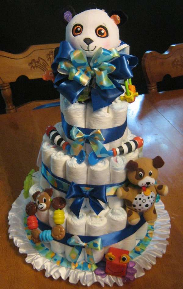 6 Photos of Toys R Us Diaper Cakes