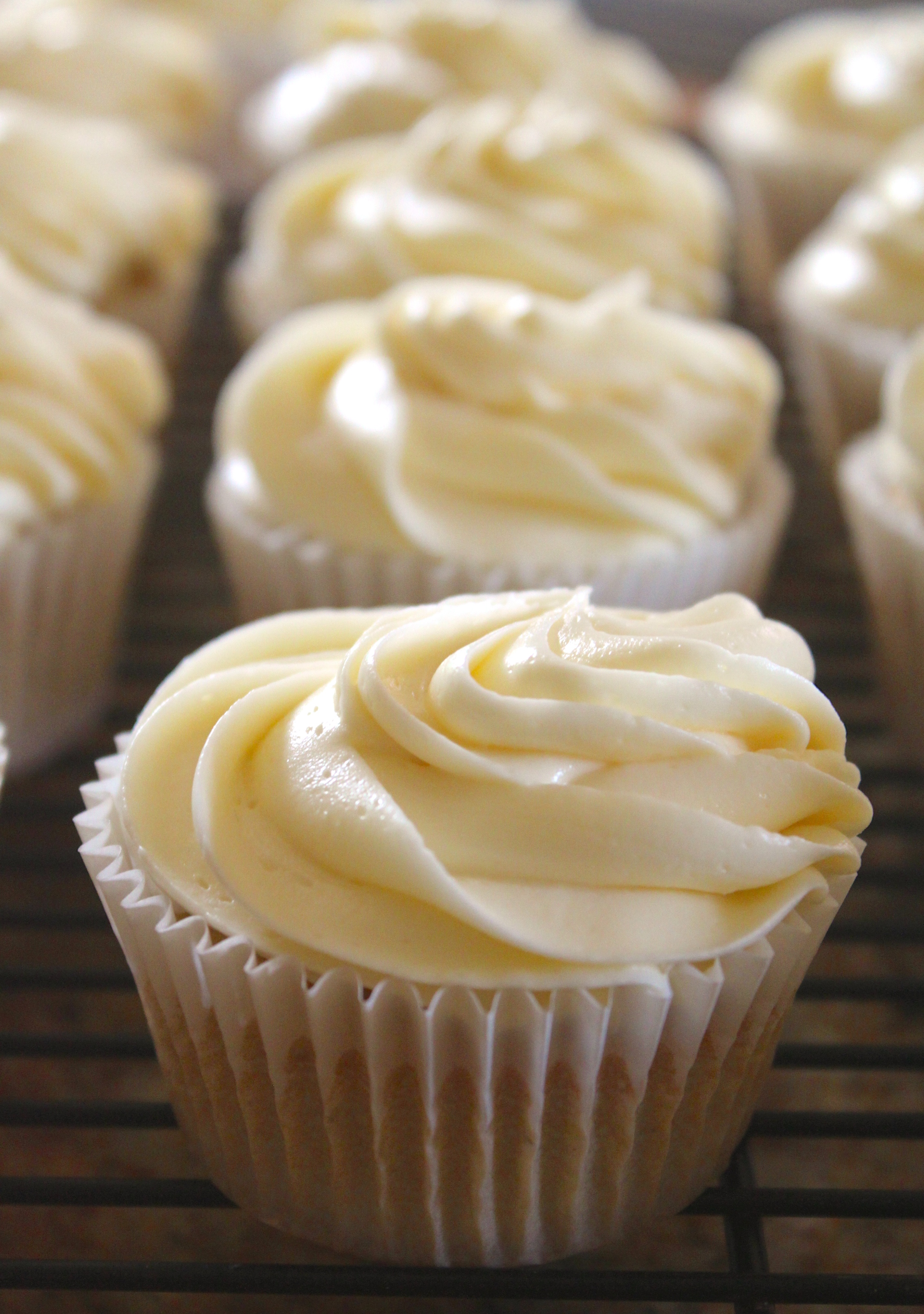 White Cupcakes with Buttercream Icing