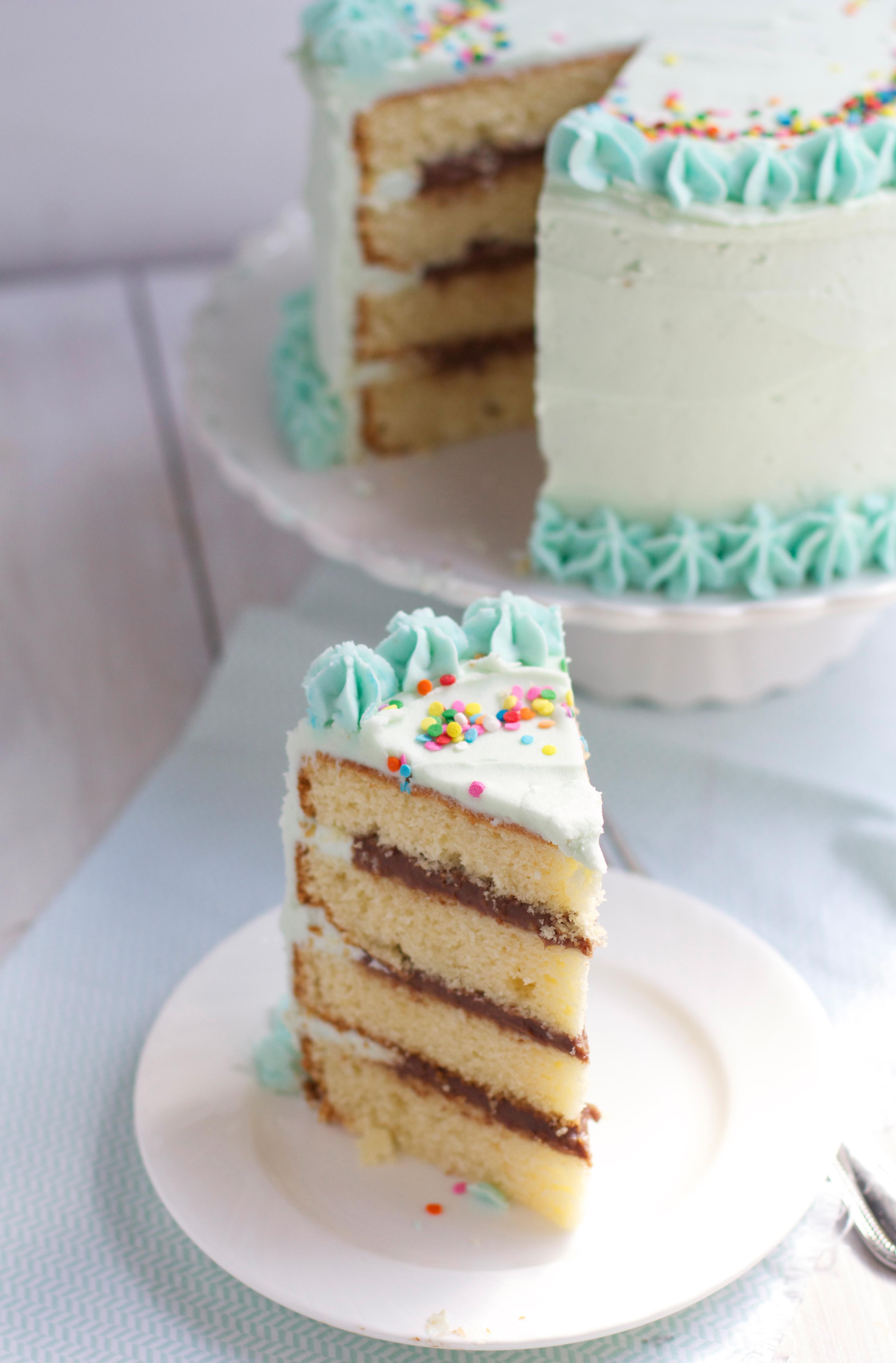 Yellow Cake with Fudge Filling
