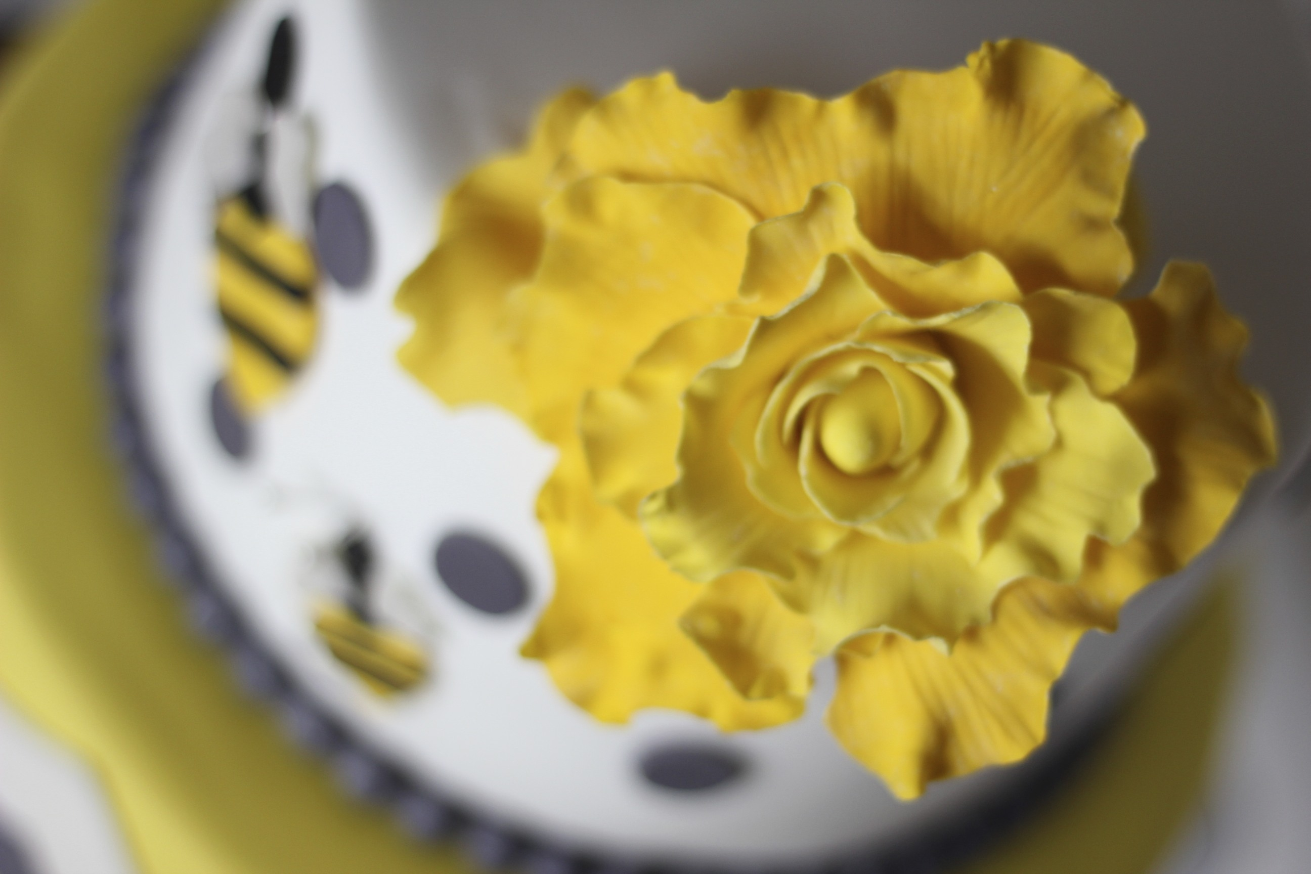 Bee Baby Shower Cake
